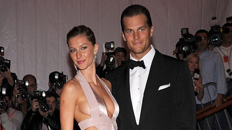 Illustration for article titled Area Man Wonders What Gisele Bundchen And Tom Brady Talk About