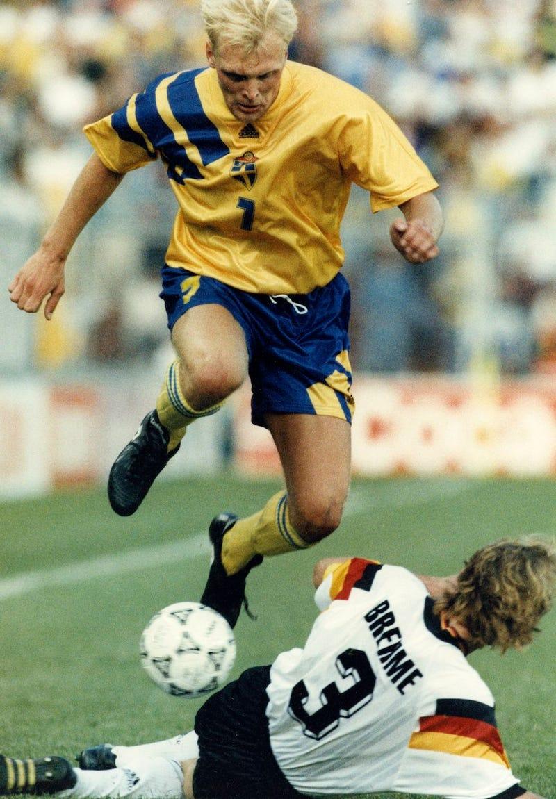 Illustration for article titled Meghalt a vébé-bronzérmes svéd fociválogatott középpályása