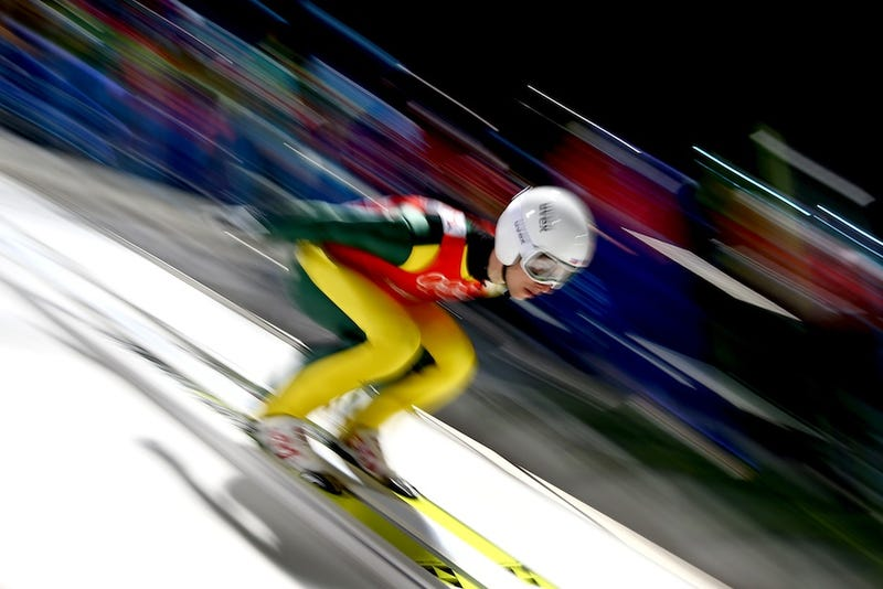 Illustration for article titled Olympic Ski Jumping Makes For Some Cool And Trippy Photos