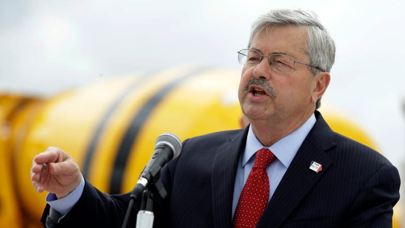 Illustration for article titled Iowa Governor's SUV Clocked At 84 MPH, Cop That Called It In Fired