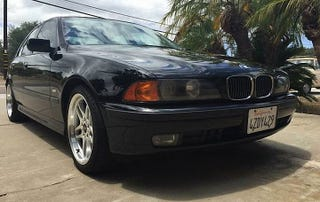 Illustration for article titled For $6,000, This 2000 BMW 540i Is Said To Be Good As New