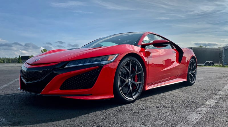 Illustration for article titled The 2019 Acura NSX Absolutely Rips