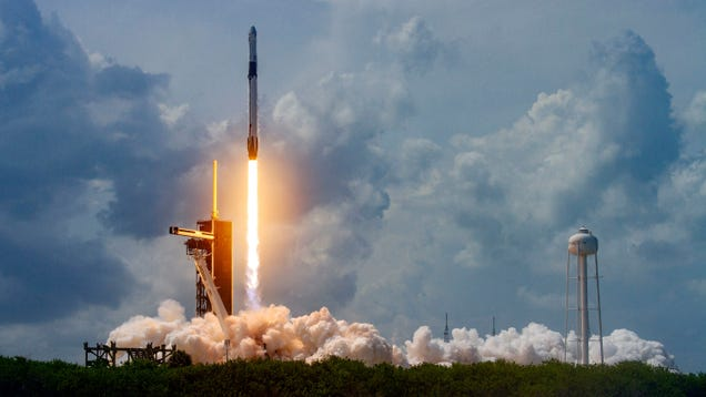 SpaceX s Spacecraft Docks Successfully While U.S. And Russia Launch Cold War-Era Quips on the Ground