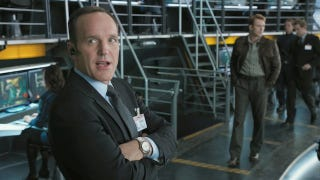 Illustration for article titled Joss Whedon explains why he brought Agent Coulson back to life for S.H.I.E.L.D.