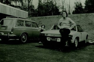 Illustration for article titled A photo of a man and his Porsche 914