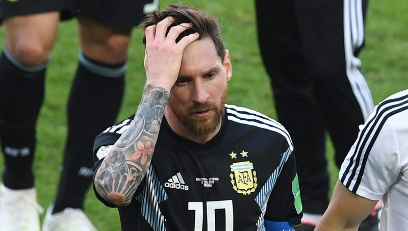 Illustration for article titled Lionel Messi Pissed After Forgetting To Wear Fitbit During Last Game