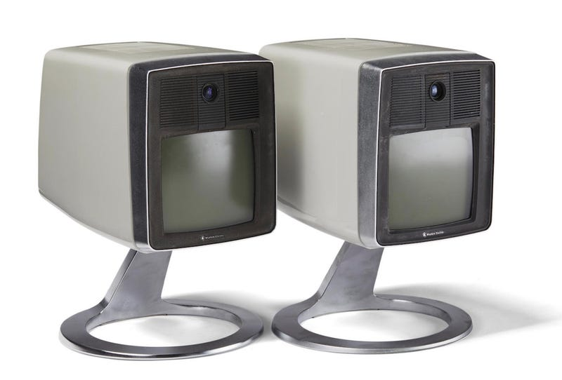 """Two rare """"Mod II"""" picturephones that go up for auction in March 2019"""