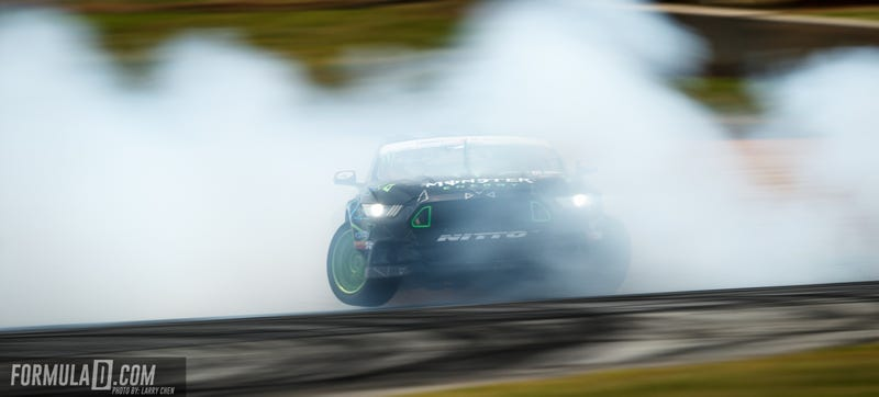 Illustration for article titled More Than 2.5 Million People Have Watched This Ford Mustang Drift