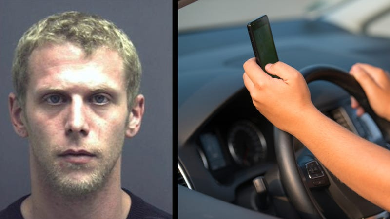 Illustration for article titled Idiot With Suspended License Runs Into Cop While Texting And Driving