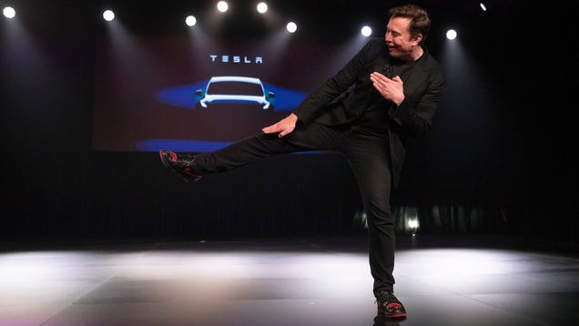 Tesla Posts $700 Million First-Quarter Loss as CEO Elon Musk Says It Will Offer Insurance