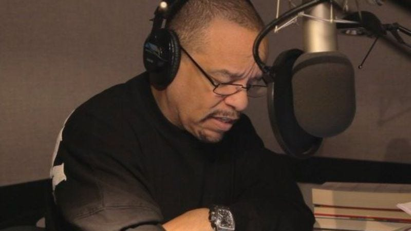 Illustration for article titled Here's Ice-T narrating a Dungeons & Dragons book for nerds