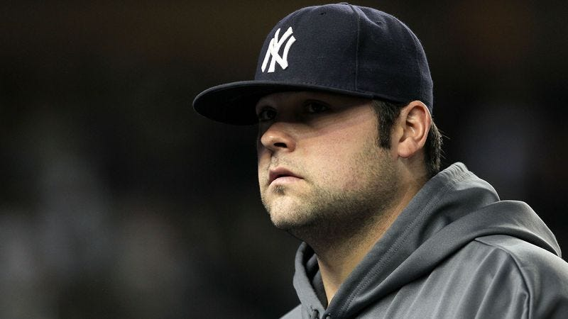 Illustration for article titled Joba Chamberlain Holds Stuffed-Animals-Only Meeting