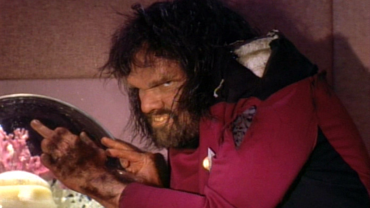 The 15 Weirdest Missions Star Trek: The Next Generation