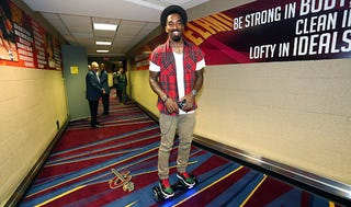Illustration for article titled You Can Tell J.R. Smith's Mood By The Speed Of His Hoverboard