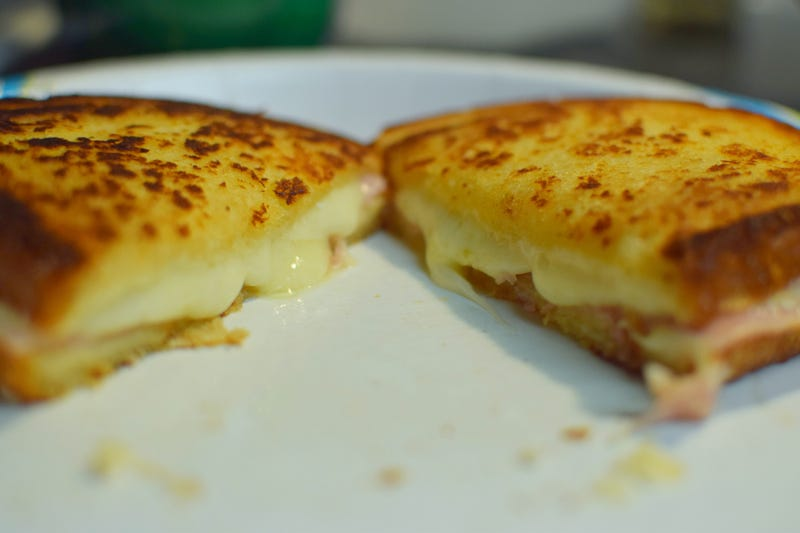 Illustration for article titled Perfect Grilled Cheese?