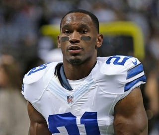 Illustration for article titled Mother Of Joseph Randle's Child Says RB Pulled Gun On Her