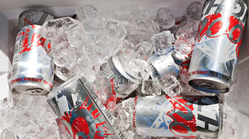 Illustration for article titled 101-year-old'ssecret to longevity: daily 4 p.m. Coors Light