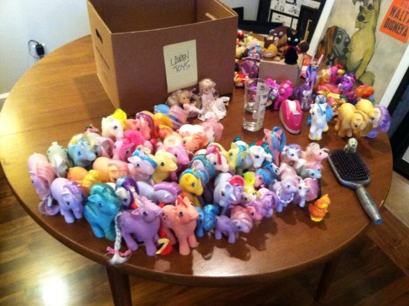 Illustration for article titled Lauren Faust shares her childhood My Little Pony collection on Twitter