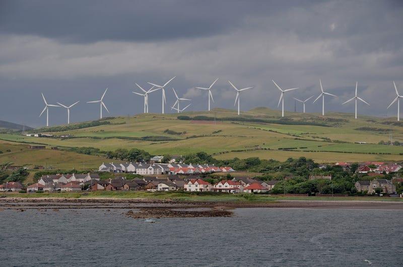 Illustration for article titled Escocia ha generado tanta energía eólica en lo que va de año que podría alimentar sus hogares el resto de 2019