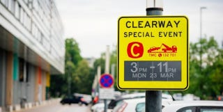 Illustration for article titled Sydney Has Rolled Out the World's First E Ink Traffic Signs