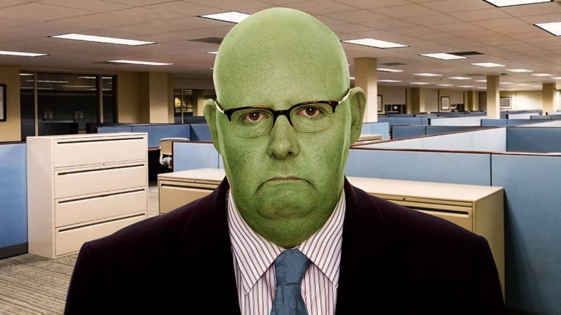 Illustration for article titled Real Life Incredible Hulk: This Man Turns Green And Goes Bald Every Time He Gets Upset