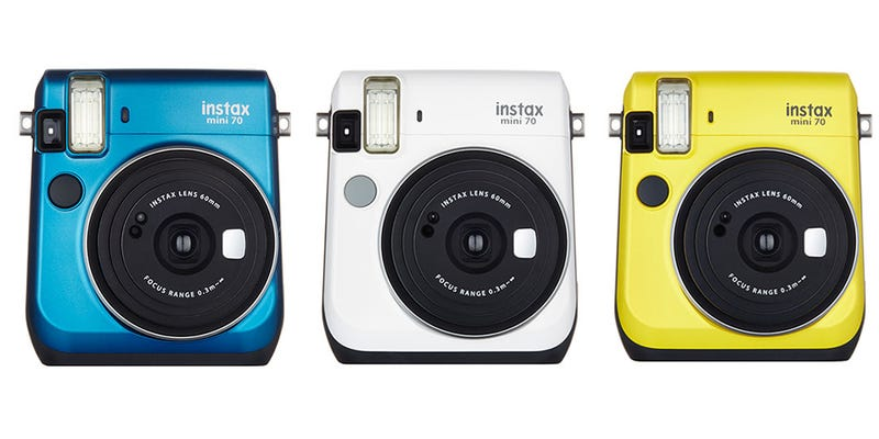 Illustration for article titled Fujifilm's Newest Instant Camera is Unashamedly, Adorably Retro