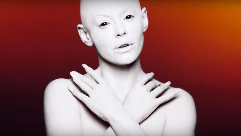 Rose McGowan goes all Björk in eerie new music video