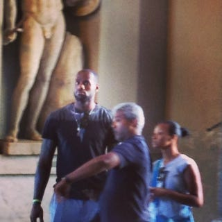 Illustration for article titled Here's LeBron At The Vatican