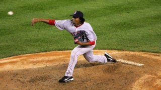 Illustration for article titled Pedro Martinez Says Pitching Is All About Properly Sexing The Baseball