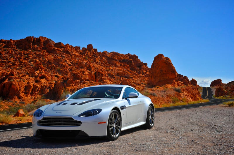 Illustration for article titled Your Ridiculously Awesome Aston Martin V12 Vantage Wallpaper Is Here