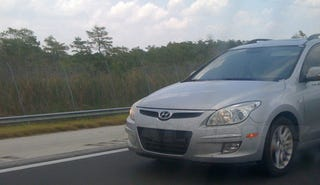 Illustration for article titled 2009 Hyundai Elantra Touring Spied Prowling Florida For Sexy Octogenarians
