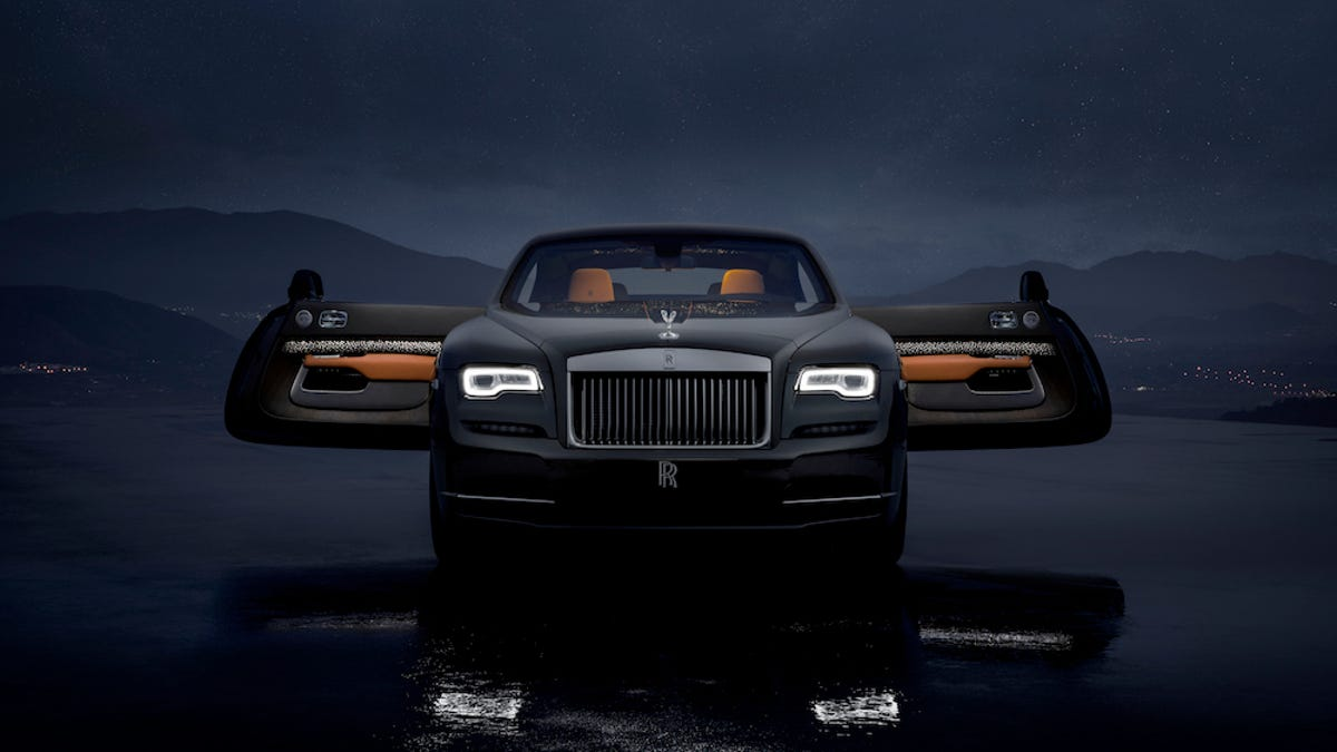The Rolls Royce Wraith Luminary Puts Shooting Stars In Your Car Because Only Peasants Go Outside
