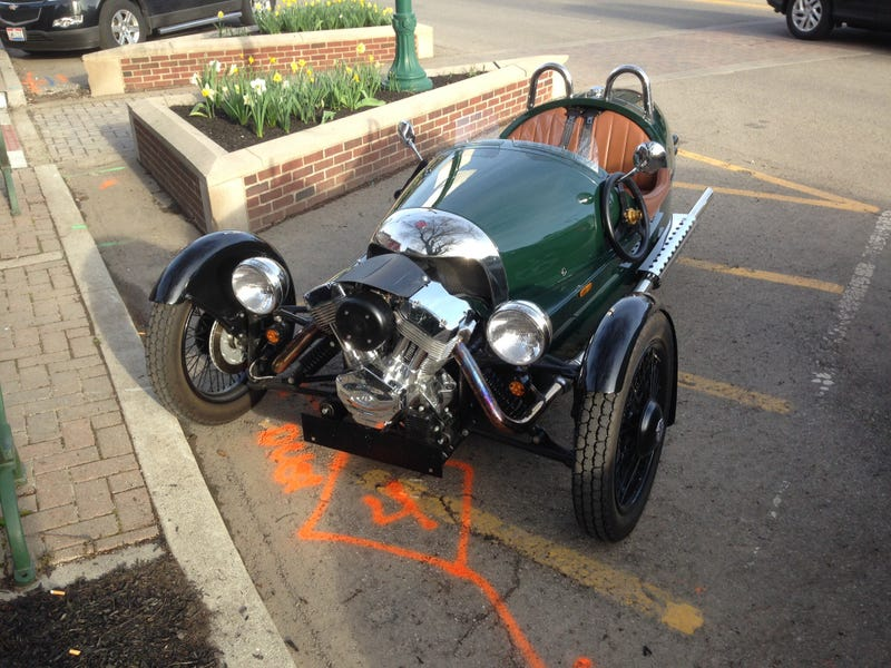 Illustration for article titled Morgan 3 Wheeler in the wild!