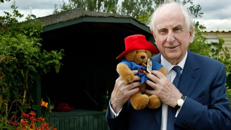 Bond a stuffed Paddington Bear in 2012. (Photo: Avery Cunliffe/Photoshot/Getty Images)