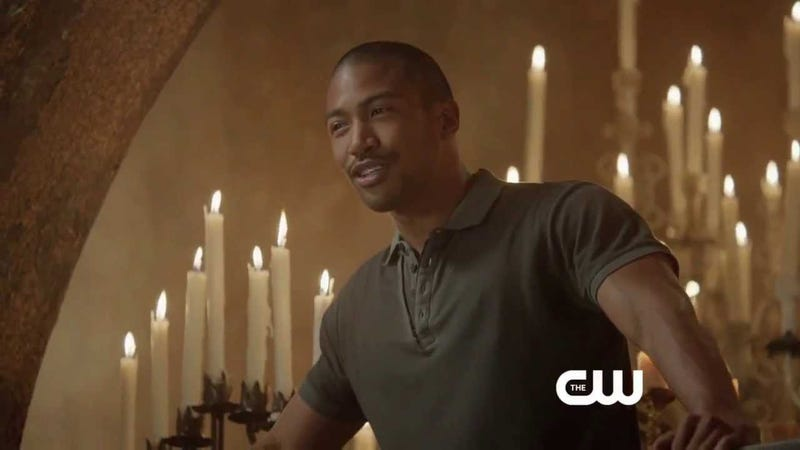 Illustration for article titled Charles Michael Davis Tells Us About Playing One Of TV's Best Vampires