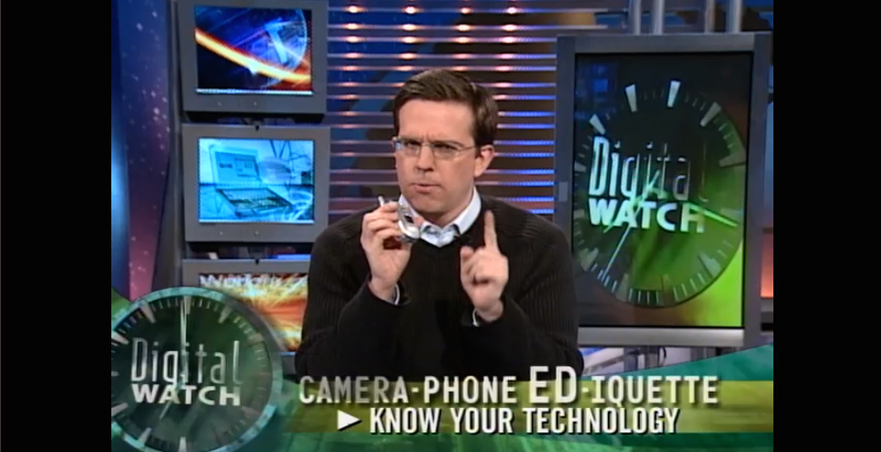 Illustration for article titled Old Daily Show Clips Mocking Camera Phones and Texting Are Hilarious