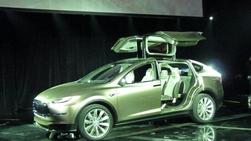 how the tesla model x 39 s falcon wing doors may well ruin the company. Black Bedroom Furniture Sets. Home Design Ideas