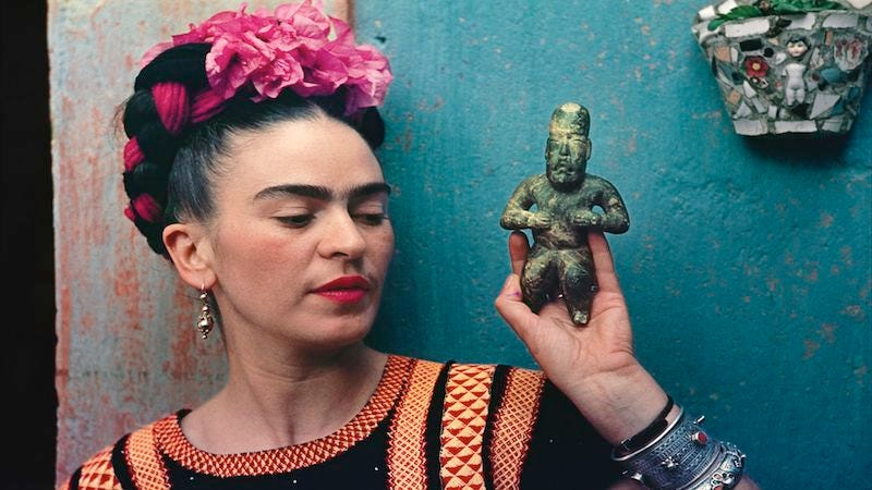Nickolas Muray (American, born Hungary, 1892–1965). Frida with Idol, 1939. Carbon print, 11 1⁄4 × 16 1⁄4 in. (28.6 × 41.3 cm). Courtesy of Nickolas Muray Photo Archives. © Nickolas Muray Photo Archives