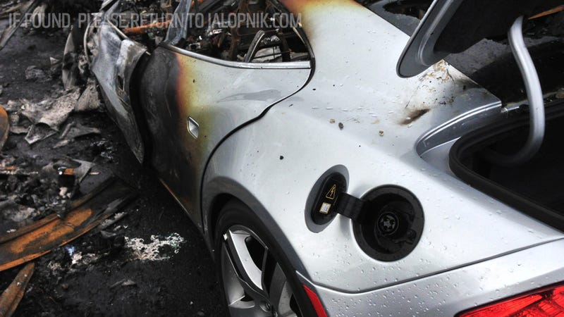 Illustration for article titled Three Toyota Prius Hybrids Also Burned In Fisker Karma Port Fire