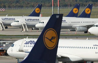 Lufthansa airplanes in Berlin Oct. 21, 2014Sean Gallup/Getty Images