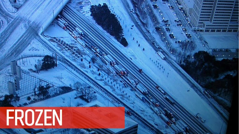 Illustration for article titled Atlanta's Roads Are A Frozen Hellscape Of Abandoned Cars And Buses