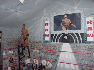 Illustration for article titled Muralist Turns Her Kids' Room Into A WWF Arena