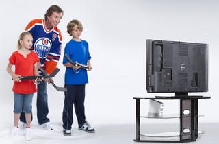 Illustration for article titled EA Sports Brings NHL Slapshot, Mini-Hockey Sticks, to Wii