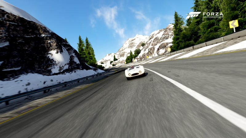 Illustration for article titled Round 6 of the Oppo Forza Classic Roadsters Series Starts In An Hour