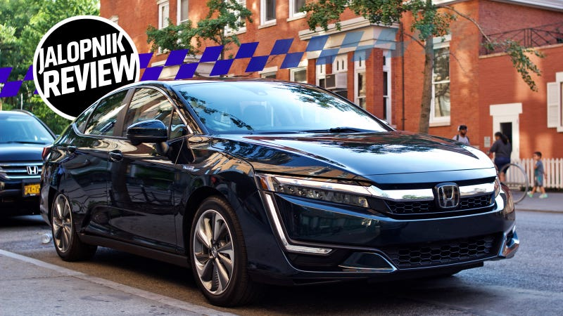 The 2018 Honda Clarity Plug In Is An Electrified Car That Doesnu0027t Demand  Compromises