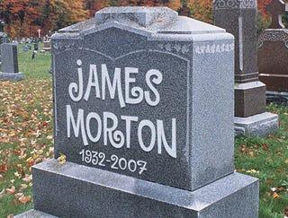 Illustration for article titled Wrong Font Chosen For Gravestone
