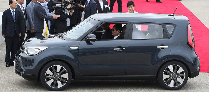 Illustration for article titled Pope Francis Rocks Kia Soul For South Korea Visit, Has Great Taste