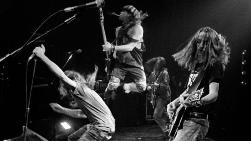 Illustration for article titled Pearl Jam, Ten