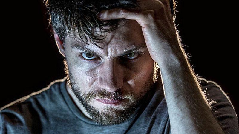 Patrick Fugit as Kyle Barnes in Outcast (Photo: Niko Tavernise/Fox)