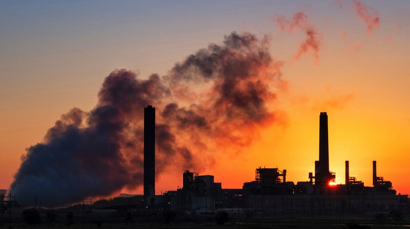 Illustration for article titled Over 40 Percent of WorldwideCoal Plants Are Operating at a Loss, Study Says